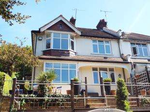 4 Bedrooms Semi Detached House for sale in Cliff End, Purley