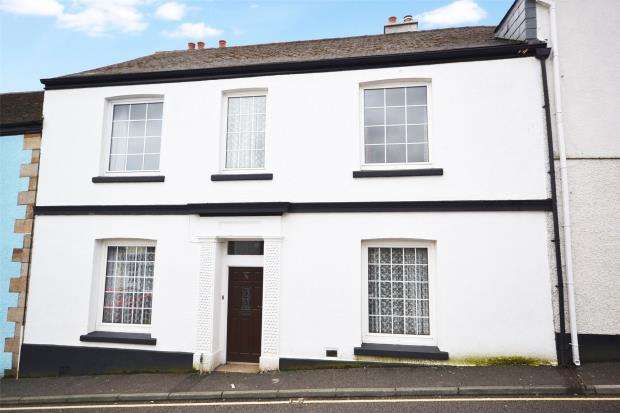 5 Bedrooms Terraced House for sale in Church Street, Callington, Cornwall