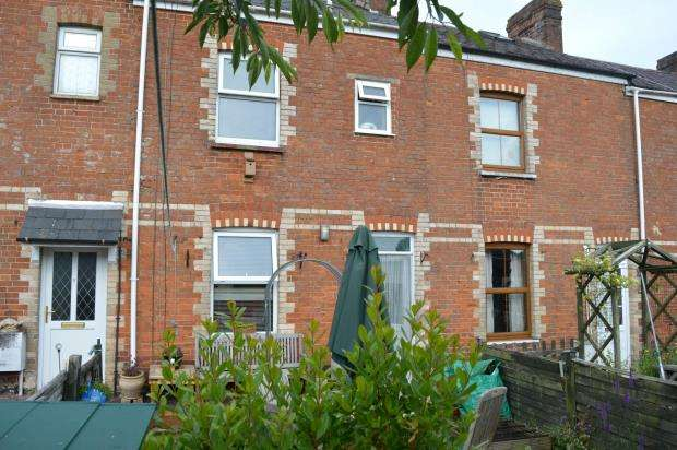 2 Bedrooms Terraced House for sale in Kings Terrace, Honiton, Devon