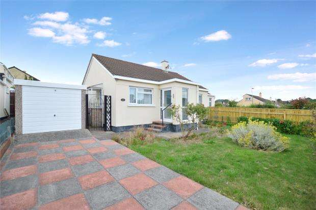 2 Bedrooms Semi Detached Bungalow for sale in Tweenways, Kingsteignton, Newton Abbot, Devon