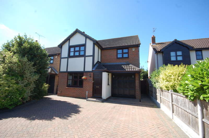 4 Bedrooms Detached House for sale in Wilshire Avenue, Chelmer Village, Chelmsford, CM2