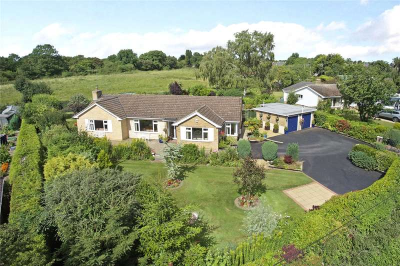 3 Bedrooms Detached Bungalow for sale in Bicester Hill, Evenley, Brackley, Northamptonshire, NN13