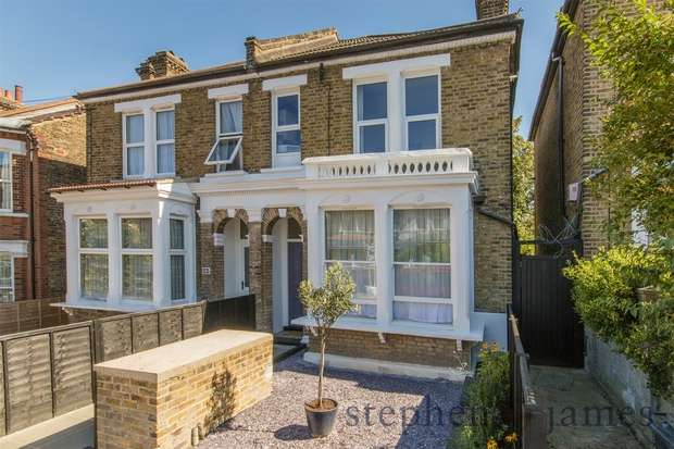 1 Bedroom Flat for sale in Wolfington Road, West Norwood, London