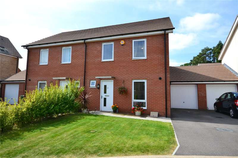 3 Bedrooms Semi Detached House for sale in Tornado Chase, Bracknell, Berkshire, RG12