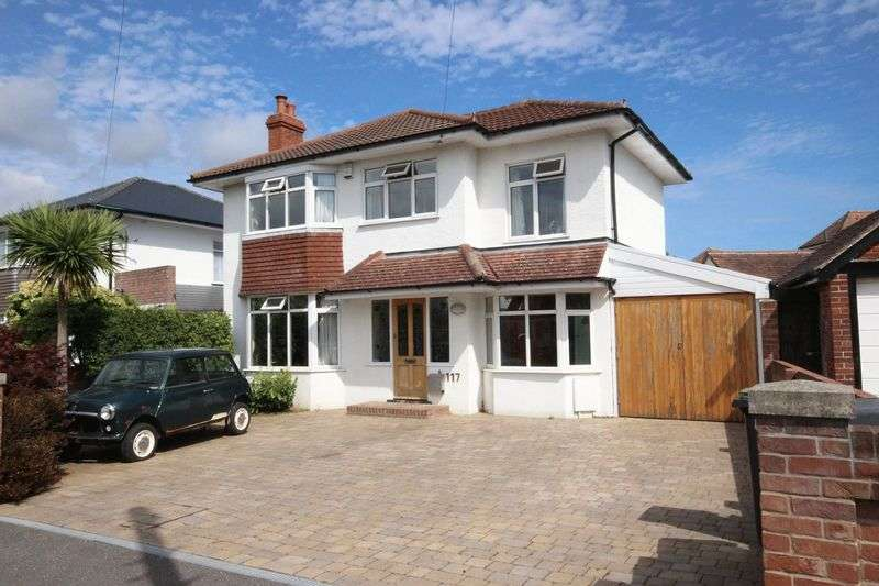 4 Bedrooms Detached House for sale in Seafield Road, Bournemouth