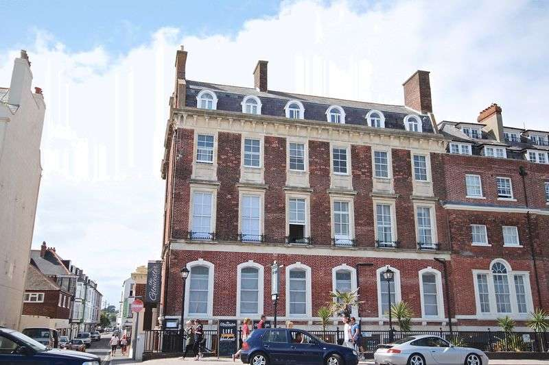 2 Bedrooms Flat for sale in The Esplanade, Weymouth, DT4