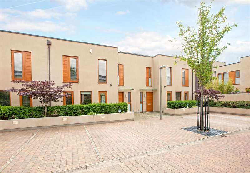 3 Bedrooms Terraced House for sale in Cliveden Gages, Taplow, Maidenhead, Buckinghamshire, SL6