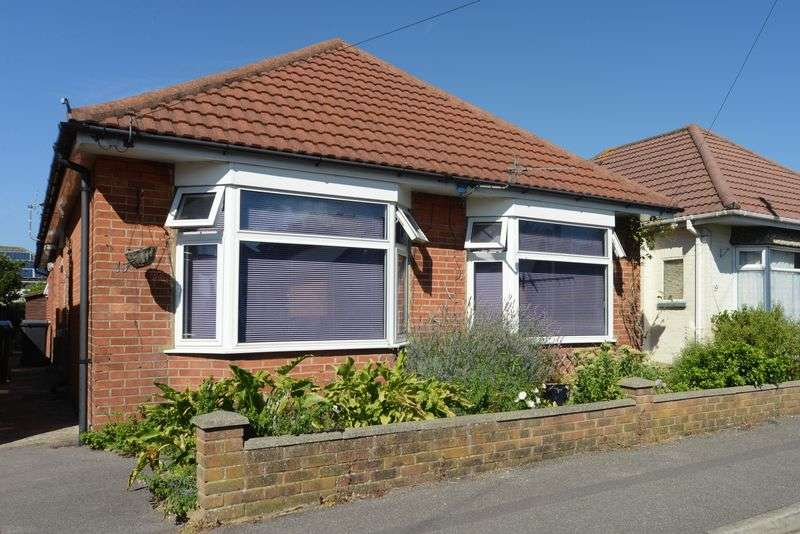 3 Bedrooms Semi Detached Bungalow for sale in Walton Road, Bournemouth
