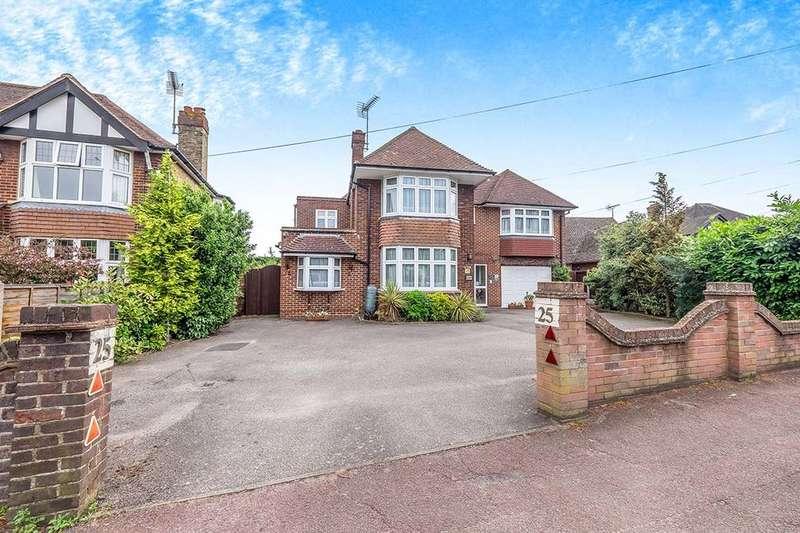 6 Bedrooms Detached House for sale in Woodstock Road, Sittingbourne, ME10