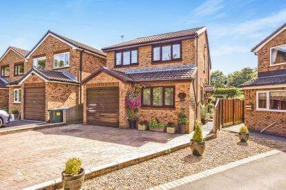 4 Bedrooms Detached House for sale in Carr Lane, Chorley, Lancashire, ., PR7