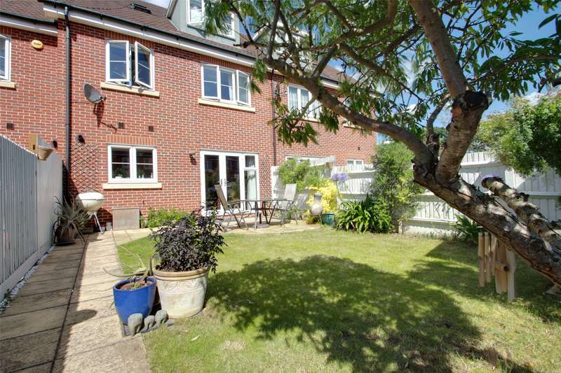 4 Bedrooms Terraced House for sale in St. Anns Mews, Chertsey, Surrey, KT16