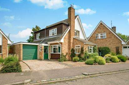 4 Bedrooms Detached House for sale in Rectory Close, Carlton, Bedford, Bedfordshire