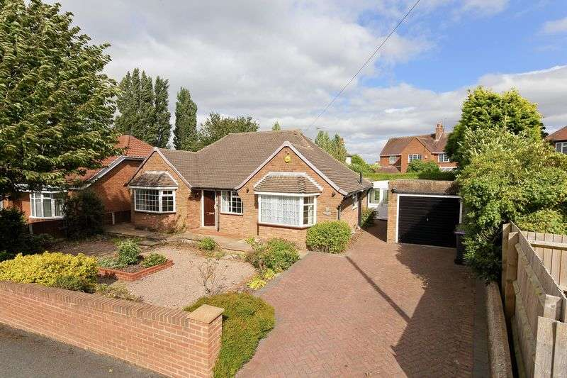 4 Bedrooms Detached Bungalow for sale in Telford Road, Wellington