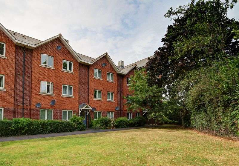 1 Bedroom Flat for sale in Tudor Street, Exeter