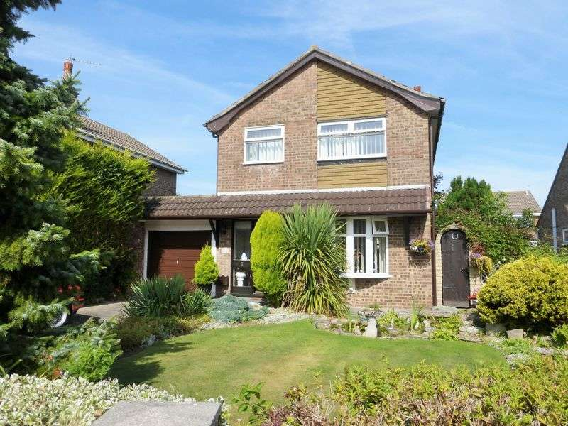 3 Bedrooms Detached House for sale in Northam Close, Marshside, Southport