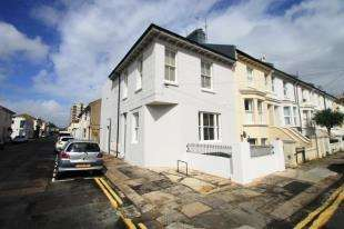 2 Bedrooms Flat for sale in Goldstone Street, Hove, East Sussex
