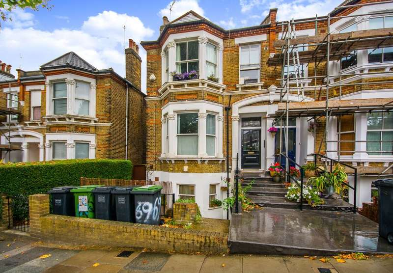 2 Bedrooms Flat for sale in Jerningham Road, New Cross, SE14