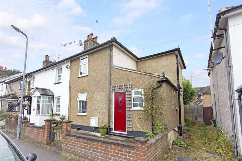 2 Bedrooms Semi Detached House for sale in The Rutts, Bushey Heath, WD23