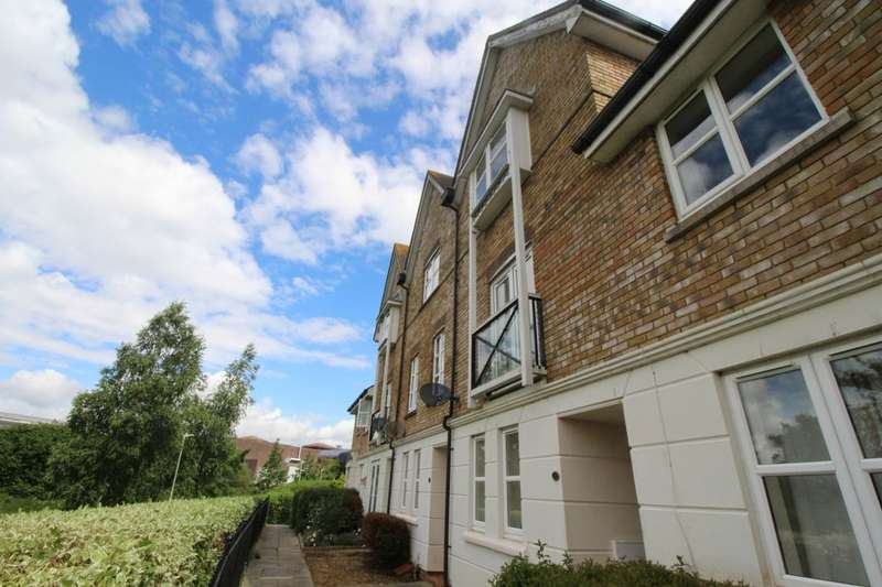 3 Bedrooms Property for sale in Mill Court, Ashford, TN24