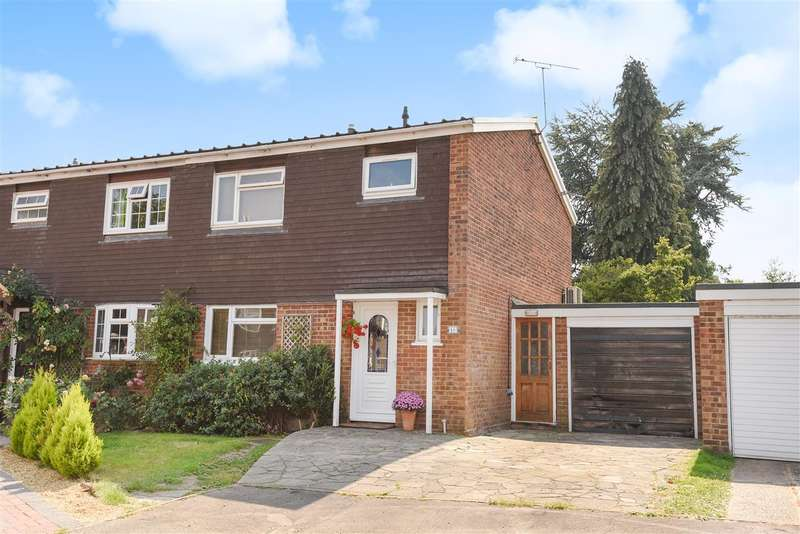 3 Bedrooms Semi Detached House for sale in Drake Close, Finchampstead, Wokingham