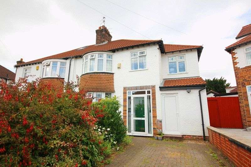 4 Bedrooms Semi Detached House for sale in Glenluce Road, Grassendale, Liverpool, L19