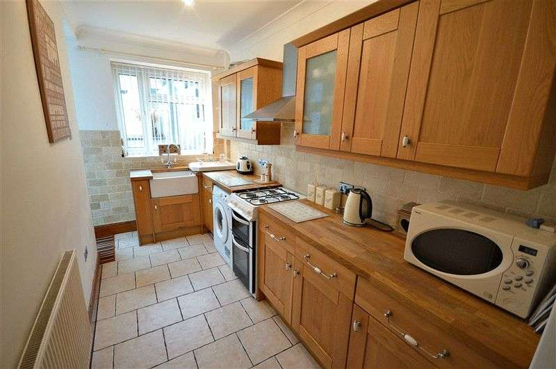3 Bedrooms Terraced House for sale in West View Terrace, Pontypool