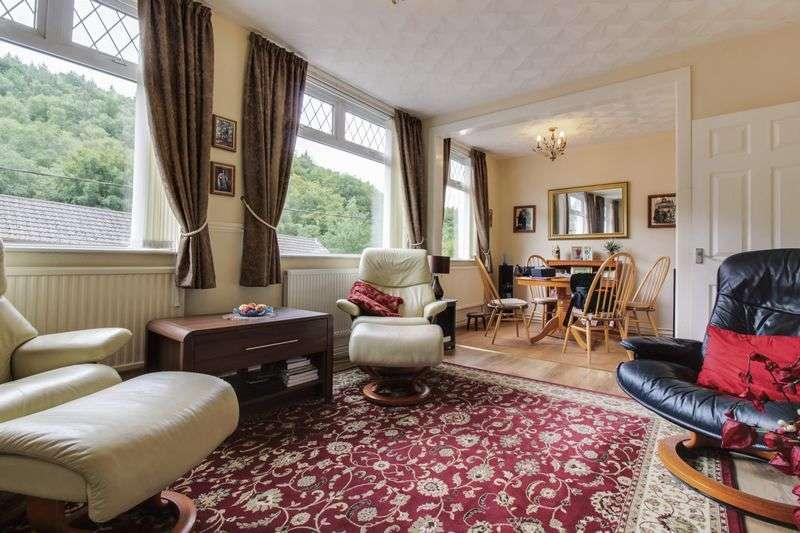 2 Bedrooms Detached Bungalow for sale in Hafodyrynys Road, Newport
