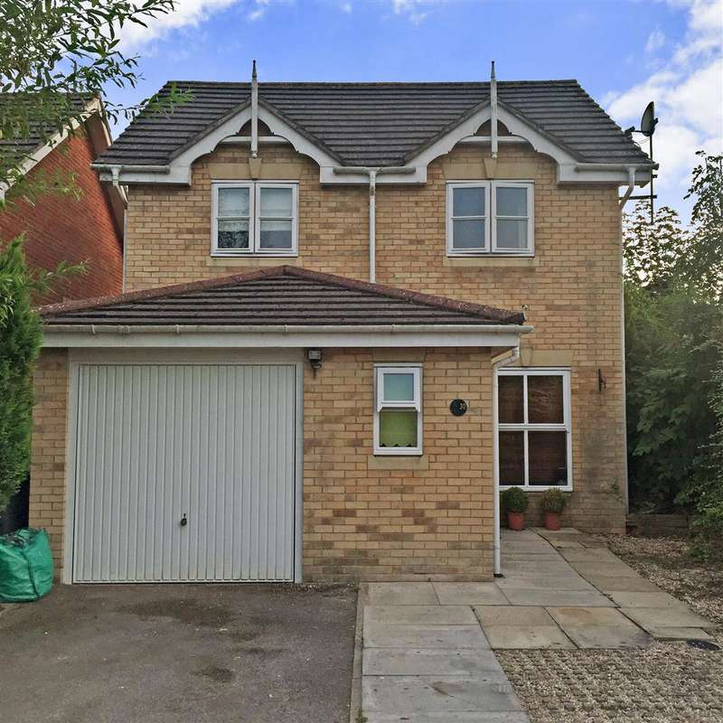 3 Bedrooms Detached House for sale in Huron Drive, Liphook, Hampshire