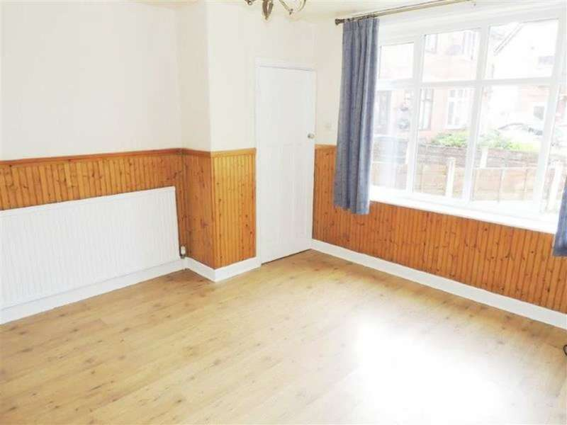 3 Bedrooms Property for sale in Bankfield Avenue, Droylsden, Manchester