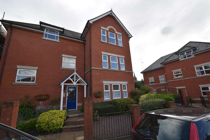 3 Bedrooms Flat for sale in St. Georges Lane North, Worcester