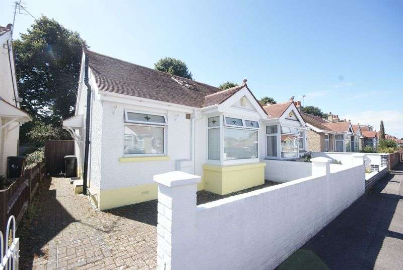 2 Bedrooms Semi Detached Bungalow for sale in Southcroft Road, Gosport, PO13