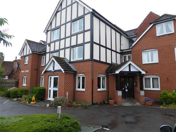 1 Bedroom Retirement Property for sale in Priory Court, Priory Avenue, Caversham, Reading