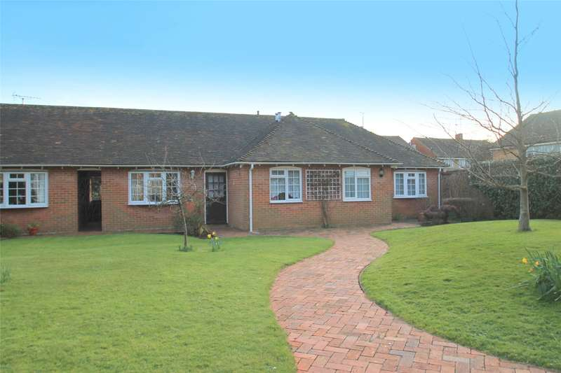 2 Bedrooms Terraced Bungalow for sale in Knightscroft House, Sea Lane, Rustington, BN16