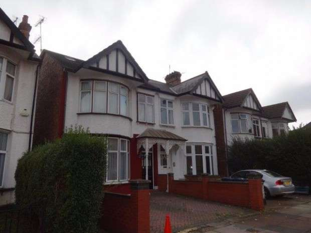 6 Bedrooms Semi Detached House for sale in Somerton Road, Cricklewood, NW2