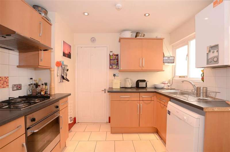 2 Bedrooms Apartment Flat for sale in Waterloo Street, Hove, East Sussex