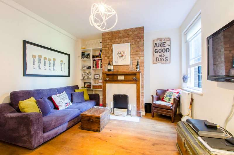 2 Bedrooms Flat for sale in Cavell Street, Whitechapel, E1