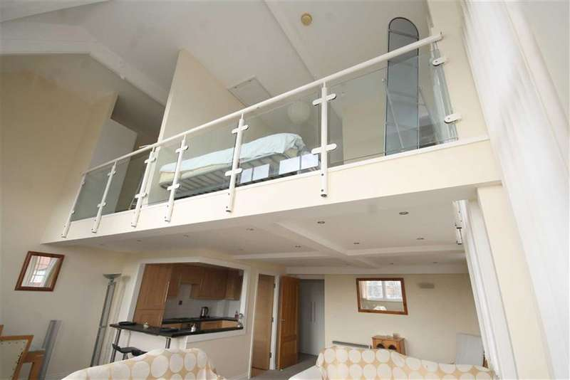 2 Bedrooms Property for sale in College Court, St Annes, St Annes