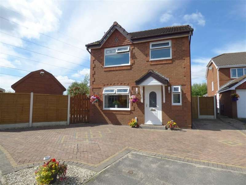 3 Bedrooms Property for sale in Brackley Drive, Alkrington, Manchester, M24