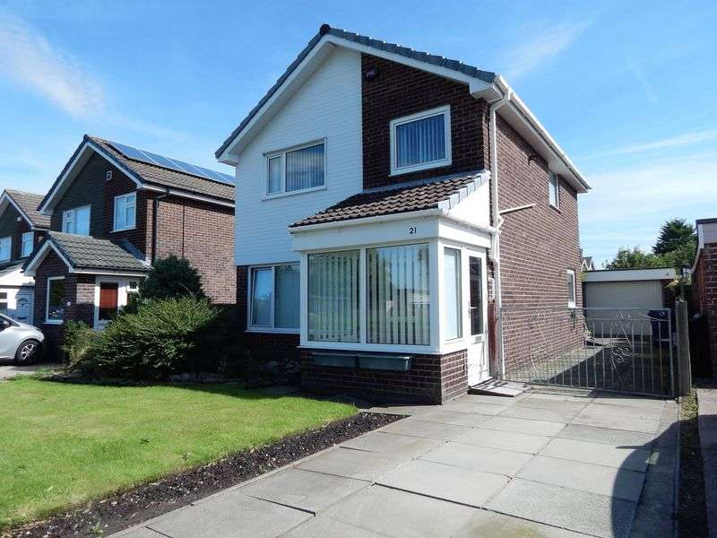 3 Bedrooms Detached House for sale in Chestnut Avenue, Penwortham, Preston