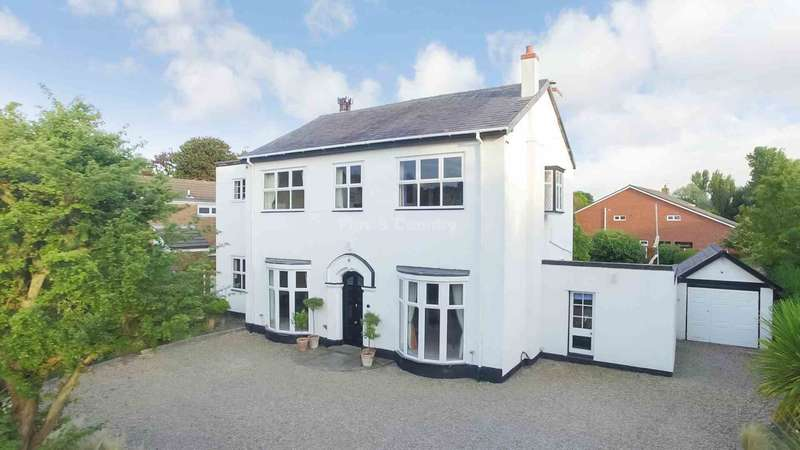 6 Bedrooms Detached House for sale in Barkfield Lane, Freshfield, Formby