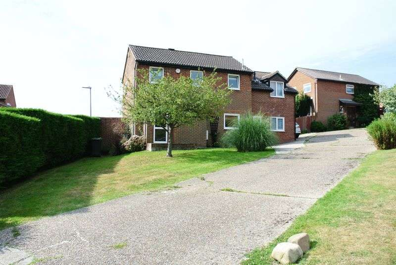 4 Bedrooms Detached House for sale in Winterbourne Close, Hastings