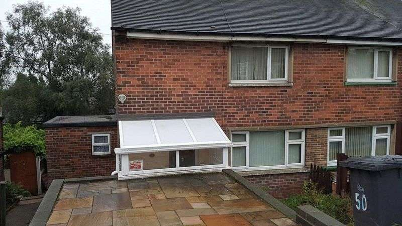 2 Bedrooms Semi Detached House for sale in Great Park Road, Rotherham