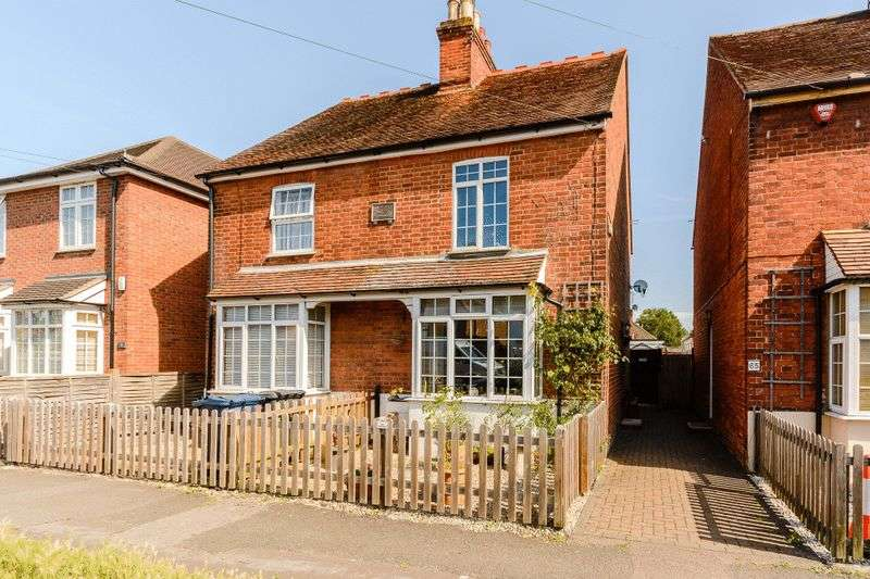3 Bedrooms Semi Detached House for sale in Beech Road, High Wycombe