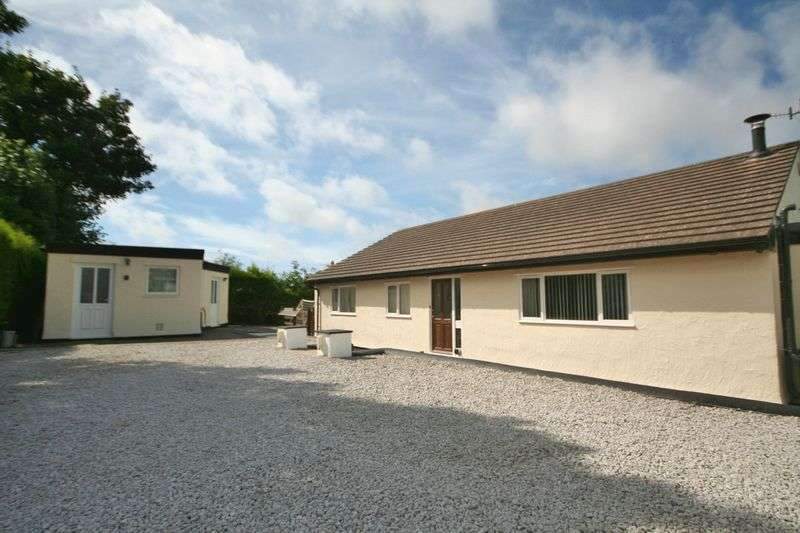 4 Bedrooms Detached Bungalow for sale in Chapel Street, Bodedern