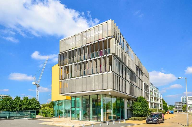 1 Bedroom Flat for sale in New River Village, Crouch End, N8