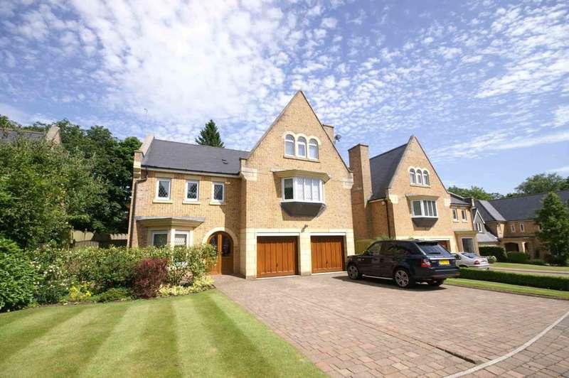 5 Bedrooms Detached House for sale in Handley Gardens, Heaton
