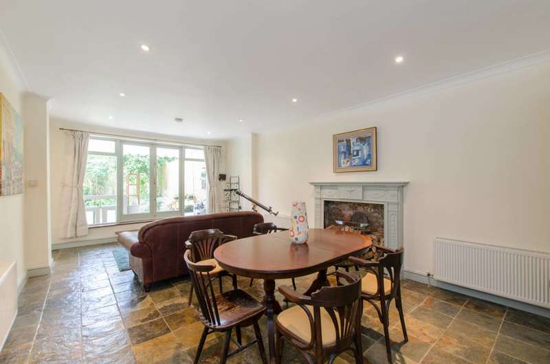 4 Bedrooms Flat for sale in Langland Gardens, Hampstead, NW3