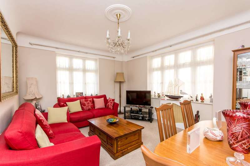 3 Bedrooms Flat for sale in Grove Hall Court, St John's Wood, NW8