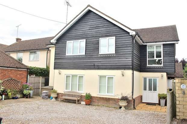 5 Bedrooms Detached House for sale in Manuden, Bishop's Stortford, Essex