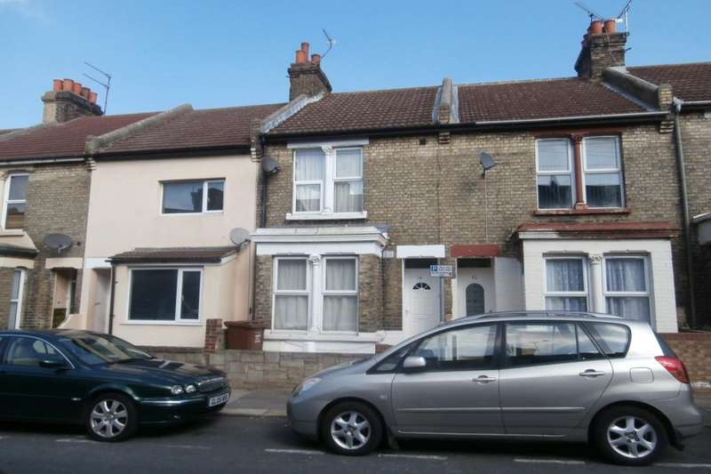 3 Bedrooms Property for sale in Priestfield Road, Gillingham, ME7
